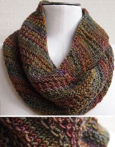 Free pattern for a beautiful Cowl. Recommends highly varigated yarn yarn patterns crochet free knitting That Nice Stitch pattern by Susan Ashcroft Knitting Stitches, Knitting Patterns Free, Knitting Yarn, Knit Patterns, Free Knitting, Free Pattern, Knit Scarves Patterns Free, Finger Knitting, Blanket Patterns