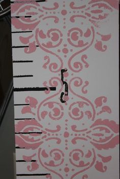 growth chart @Erin Jennings  If I do new bedding in her room, this will match PERFECT!!
