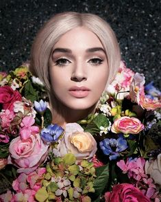 Is the viral star and pop singer enacting a meta-commentary on fame? Or does she simply want to be famous? Im Poppy, That Poppy, Poppy Singer, Poppy Youtube, Carmen Miranda, Taylor Hill, Shows, Melanie Martinez, Nicki Minaj