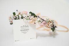 Handmade flower crown from Vienna. ❤ Exclusive custom made wedding crowns for brides ❤ Blumenkranz handgemacht in Wien anfertigen lassen. Boho, Handmade Flowers, Flower Crown, Place Card Holders, Bridesmaid, Design, Wedding, Floral Wreath, Getting Married