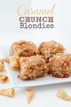 Here's a tasty recipe perfect for your Cookie Exchange party - make these delicious Caramel Crunch Blondies this holiday season! KristenDuke.com
