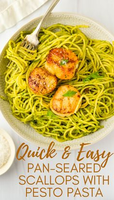 Want a simple dinner recipe that's ready in 20 minutes? This is the best! Use jumbo diver scallops and learn how to cook them in a cast iron skillet to perfect doneness. Serve over spinach pesto pasta for an elegant meal anytime. #seafoodpasta #scallops Fried Fish Recipes, Easy Fish Recipes, Scallop Recipes, Light Recipes, Rice Recipes, Easy Dinner Recipes, Crockpot Recipes, Vegetarian Recipes, Easy Meals