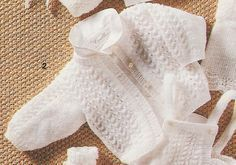 Fashion and Lifestyle Baby Knitting Patterns, Hand Knitting, Cardigan Bebe, Pull Bebe, Real Coffee, Vest Pattern, How To Make Tea, Keep Warm, Baby Wearing