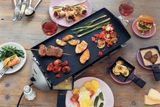 Zalmfilet met haricots verts en bieslook-citroenboter Fondue, Barbecue, Teppanyaki, What To Cook, Griddle Pan, Good Mood, Cheeseburgers, Food Inspiration, Nom Nom