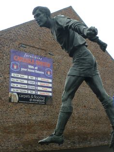 Hugh McIlmoyle statue outside Brunton Park, home of Carlisle United, Cumbria. Carlisle United Fc, Bristol Rovers, Association Football, Cumbria, Soccer Players, About Uk, Statues, How To Memorize Things, Memories