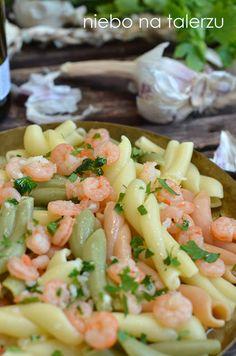 Makaron z krewetkami, najlepszy przepis nawet dla tych, którzy nie przepadają za owocami morza. Przepyszny, maślano - czosnkowy sos - danie idealne.