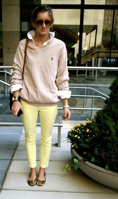 need a sweater like that! && yellow skinnies.