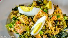 Čočkové kedgeree s lososem a quinoou - Spicy Crumbs Cobb Salad, Quinoa, Spicy, Food, Essen, Yemek, Meals