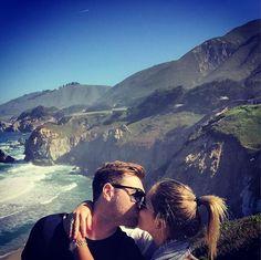 """Há um tempo li que alma gêmea não é alguém """"feito pra você"""". É alguém que """"faz você querer ser o melhor de si""""...ainda perfeito, ainda errado, mas feliz."""" Meu amor, meu companheiro, amigo, namorado, minha alma gêmea, meu NOIVO @leonardo_miola é você que me faz querer ser o melhor de mim e é ao seu lado que quero estar para sempre! Te amo lindo! #lovetrip #usa2017🇺🇸 #california #carmelbythesea #noivamos💍😍 #engenament #carmeldoisdemaio2017 #bestdayofmylife #foiperfeito…"""