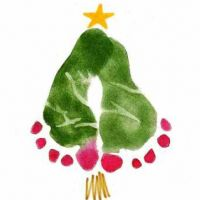 Hundreds of Christmas Craft Ideas, like this footprint Christmas Tree