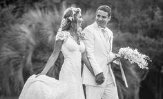 Casal | Casamento | Wedding | Buquê | Wedding Photoshoot | Wedding Buch | Ensaio Fotográfico Casamento | Wedding Dress | Vestido de Noiva | Terno | Suit