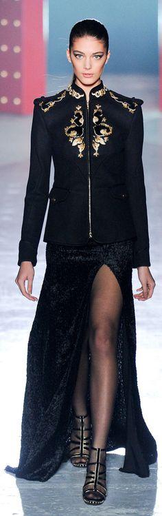 Jason Wu :: New York Fashion week Fall 2012 http://www.stylebistro.com/runway/New+York+Fashion+Week+Fall+2012/Jason+Wu/browse?Page=3