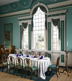Dining room at Mount Vernon.