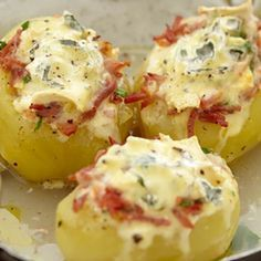 Recipe: Stuffed Potatoes with Blue - Cheese Recipe Blue Cheese Recipes, Desserts With Biscuits, Cheese Snacks, Good Food, Yummy Food, Twice Baked Potatoes, Batch Cooking, Stop Eating, Food Hacks