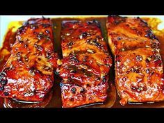 This honey garlic glazed salmon recipe is the easiest most delicious way you could ever cook salmon. The salmon is glazed in a delicious honey garlic sauce that is so flavorful and delicious. Honey Baked Salmon, Honey Glazed Salmon Recipe, Garlic Salmon, Salmon With Honey, Salmon Recipe Videos, Baked Salmon Recipes, Seafood Recipes, Vegetarian Recipes, Dinner Recipes