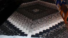 Black and White Trip around the world quilt.