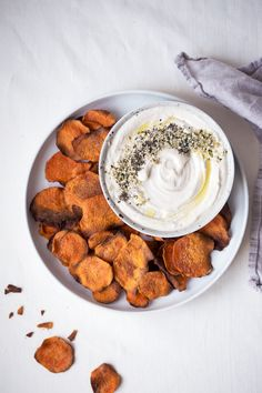 ... cinnamon spiced sweet potato chips with cashew tahini dip ...