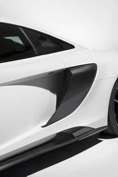 The McLaren will make its world debut at the Geneva Motor Show, with a clear focus on performance, light weight and ultimate levels of driver New Mclaren, Bruce Mclaren, Mercedes Slr, Mclaren 675lt, Chrysler 200, Geneva Motor Show, Car Engine, Latest Cars, Future Car