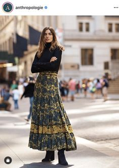 Presented by Anthropologie. A romantic floral print offers unparalleled versatility - day or night, autumn or spring, this skirt is sure to be a wardrobe favorite. Maxi Skirt Winter, Winter Skirt Outfit, Winter Dresses, Boho Fashion, Autumn Fashion, Fashion Trends, Fashion Skirts, Fashion Black, Spring Fashion