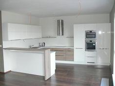 Kitchen Room Design, Interior Design Kitchen, Kitchen Dining, Kitchen Decor, Küchen Design, House Design, Modern Kitchen Interiors, Minimalist Kitchen, Small Apartments