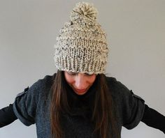 Make a chunky knitted wool hat with a pom pom. This free knitting pattern is an easy make, perfect for beginner knitters. Start this free hat knitting pattern today!