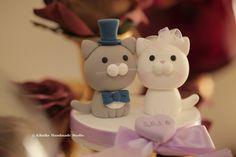 https://flic.kr/p/GtCaDi | cat and kitty Wedding Cake Topper | www.etsy.com/listing/226792406/cat-and-kitty-wedding-cake...