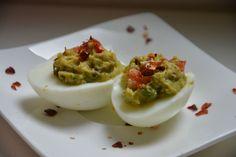 Guacamole Eier - Einfach und schnell zubereitet als Snack für zwischendurch, als kleiner Energieträger oder als Fingerfood.