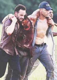 "Rick, Daryl and Shane - Season ""Chupacabra"" The Walking Dead 2, Walking Dead Memes, Walking Dead Wallpaper, Merle Dixon, Daryl Dies, Jon Bernthal, Comic Games, Funny Video Memes, Andrew Lincoln"