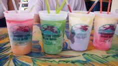 Daiquiri Deck is a Florida beach bar located in Siesta Key. Discover this great Florida beach bar. Siesta Key Hotels, Tropical Beach Resorts, Happy Hour Specials, Daiquiri, Beach Bars, Florida Beaches, Deck, Lounge, Airport Lounge