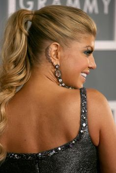 Top 18 Fergie Hairstyles & Haircuts - That Will Inspire You Long Ponytail Hairstyles, Ponytail Updo, Side Swept Hairstyles, Twist Ponytail, Evening Hairstyles, Sleek Ponytail, Hairstyles Haircuts, Weave Hairstyles, Edgy Long Hair