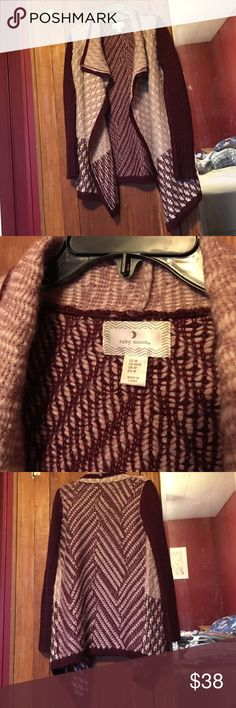 "Wrap-style Cardigan Sweater. Like new. Never washed. 73% Acrylic and 27% Wool. Burgundy, Pale Pink, and Cream. Great for Fall. About 30"" long from shoulder. Medium/Large but not for ladies with bigger upper arms. 💪💪🏻💪🏼💪🏽💪🏾💪🏿 ruby moon Sweaters Cardigans"