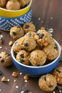 Peanut Butter Dark Chocolate Chip No Bake Granola Bites - A Kitchen Addiction
