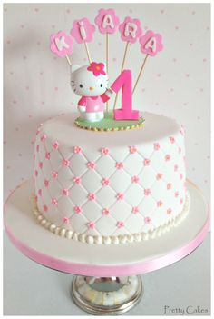 I love this cake. Leave off the Hello Kitty topper and add flowers it would be a perfect cake for Mothers Day or shower. Hello Kitty Torte, Torta Hello Kitty, Hello Kitty Birthday Cake, Hello Kitty Cake Design, Hello Kitty Fondant, Deco Cupcake, Cupcake Cakes, Pretty Cakes, Cute Cakes
