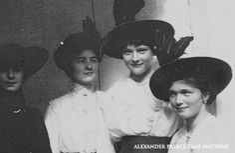 Olga and Tatiana's Bedroom - Alexander Palace Time Machine
