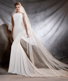 ORSOLA - Vestido de noiva de crepe e tule com pedraria