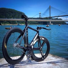 roadbikecity: Dosnoventa bike #black #cycle