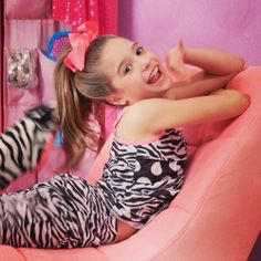 mackenzie: love ya! my fans btw;s) cant wait for my video and photoshoot