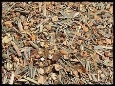 #Räuchermischung mit folgenden Inhaltsstoffen: #Palo Santo, #Copal, #Lemongras, #Süßholzwurzel u.a.