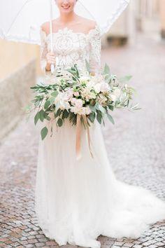 eucalyptus blush and ivory bouquet | Photography: Koman Photography