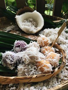 Thai Dessert, Dessert Drinks, Dessert Recipes, Asian Desserts, Sweet Desserts, Thai Recipes, Asian Recipes, Dessert Logo, Thai Menu