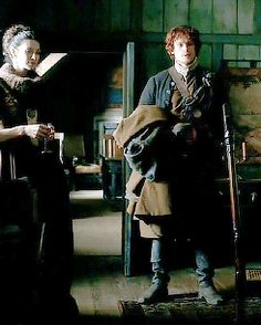 Jamie speaking to Claire in Geillis' home .gif