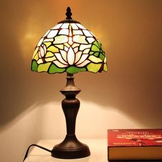 Nature's Match Tiffany Desk Lamp for Children