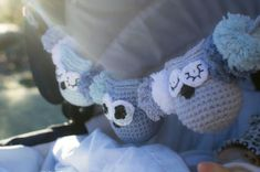 Crochet your own stroller chain