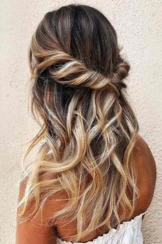 Best Hairstyles & Haircuts for Women in 2017 / 2018 : Blonde Highlights: Perfect Hair Dyeing Technique For Any Hair Style Hairstyl Dance Hairstyles, Pretty Hairstyles, Wedding Hairstyles, Easy Hairstyles, Little Girl Hairstyles, Hairstyles For School, Women Haircuts Long, Long Thin Hair, Graduation Hairstyles