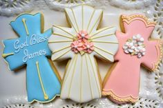 Learn step-by-step how to Decorate THREE Fancy Cross Cookies Cross Cookie Cutter, Cross Cookies, Fancy Cookies, Sugar Cookies, Cookie Cutters, Holiday Cookies, Baptism Cookies, Rose Stencil, Icing Colors