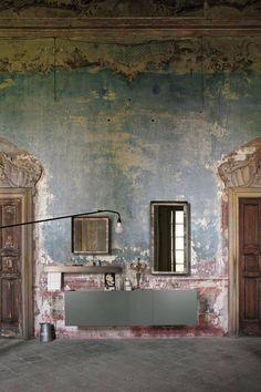 7 INSPIRING DISTRESSED WALLS | Ilaria Fatone ⎟décoration d'intérieur Aix-en-Provence, Marseille