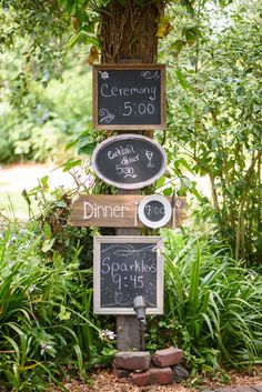 Rustic directional decors are a great way to keep guests on the right path! - The Celebration Society