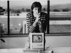 Happy Birthday Macintosh Steve Jobs Photo, All About Steve, Steve Jobs Apple, Apple Picture, Job Quotes, Pixar, Memories Quotes, We Remember, Celebs