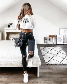 Best Jeans Outfit For Women 2020 Cute Teen Outfits, Cute Comfy Outfits, Teen Fashion Outfits, Teenager Outfits, College Outfits, Cute Fashion, Look Fashion, Outfits For Teens, Pretty Outfits