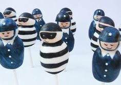 Robbers & Police Cake Pops